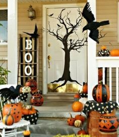 Spooky porch Halloween decoration idea