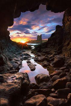 Rocky sunrise - Kiama, Australia  (by Stephen Casey)