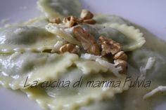 Pansoti con #fonduta #castelmagno.
