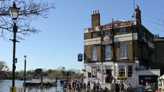 Top 10 Riverside Pubs in London - Things To Do - visitlondon.com