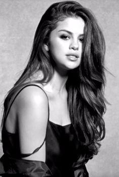 Pin for Later: Selena Gomez Fait Ressortir Sa Sensualité Dans Son Nouveau Clip