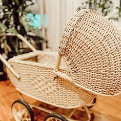 🌟Visha🌟 (@home_with_the_whites) • Instagram photos and videos Wicker, Picnic, Basket, Photo And Video, Chair, Videos, Photos, Outdoor, Furniture