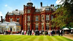 The Elvetham in Hampshire is a privately owned 19th Century mansion set in 35 areas of beautifully manicured gardens and grounds, The Elvetham is one of the finest wedding venues near Basingstoke and can also be hired on an exclusive use basis.