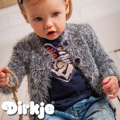 Als het toch een beetje kouder wordt trek dan dit heerlijk warme vest aan. Bekijk dit grijze pluizige vest in de Dirkje wintercollectie 2016/2017♥ #dirkje #babykleding #wintercollectie #grijs #dirkjebabywear #meisje #pluizig