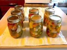 Recipe for Giardiniera, a delicious mix of pickled vegetables with a chili pepper added to spice 'em up. Home Canning instructions included. Home Canning, Canning Jars, Canning Recipes, Relish Sauce, Canning Pickles, Canning Vegetables, Homemade Pickles, Antipasto, Stuffed Hot Peppers