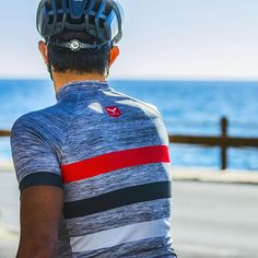 Make everyday a new horizon ➡ #Muslher rules · #taymorybike #bikeit #muslhergrey #newcollection #newdesigns #fashionforhim #fashionist #stripes #redstripe #wearyourdreams #chaseyourdreams #horizon #taymory