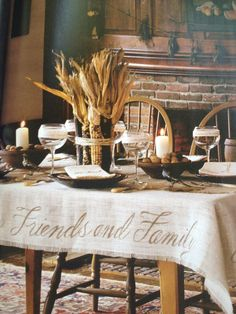 25 Beautiful Fall Table Settings - Style Estate -I love this..I don't have much family..I have best friend that is like family..she and her family are welcome at my table any day of the year..I'm greartful and thankful...