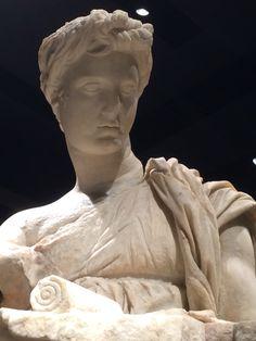 Roman Statue , palazzo massimo rome