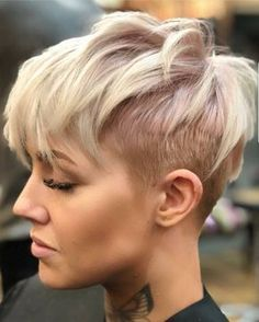 "4,783 Likes, 33 Comments - Short Hair DontCare PixieCut (@nothingbutpixies) on Instagram: ""Love or Love this look on @d_w_i_l_l_o_w"""
