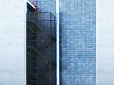 Industrial building facade texture free (building-and-architecture School Architecture, Architecture Design, Tv Decor, Wall Decor, Building Facade, Diy Entertainment Center, Exterior Lighting, Pattern Wallpaper, Background Patterns