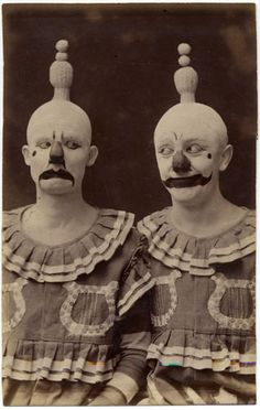 18 Terrifying Old Costumes You Can't Unsee