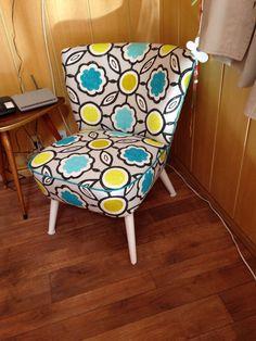 Schöner Sessel, neu bezogen mit einem Stoff von 'Designers Guild'