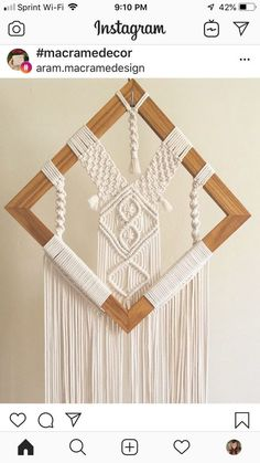 Makramee - Macrame and woven wall hangings - Macrame Mirror, Macrame Wall Hanging Patterns, Macrame Curtain, Macrame Plant Hangers, Macrame Patterns, Large Macrame Wall Hanging, Macrame Design, Macrame Tutorial, Macrame Projects