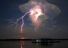 6 de agosto de 2014: El rayo continuo de Catatumbo.