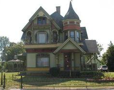 Barber Shop Queen Anne : Amazing Victorian Houses on Pinterest Victorian Houses, Victorian ...