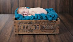 40 Beautiful Examples of New Born Photography