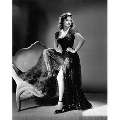 Hollywood Classics, in Black & White. Old Hollywood Stars, Golden Age Of Hollywood, Vintage Hollywood, Hollywood Glamour, Hollywood Actresses, Classic Hollywood, Classic Actresses, Female Actresses, Beautiful Actresses