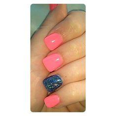 Summer gel manicure