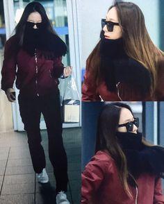 """3,233 Me gusta, 9 comentarios - KRYSTAL (@krystal.news) en Instagram: """"ㅡ [170314] #Krystal - Incheon Airport Preview (Back from NYC) © AllaboutJungSooJung #크리스탈 #정수정 -…"""""""