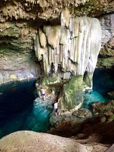 Cueva de Saturno, Varadero - Cuba Varadero Cuba, Places Around The World, Around The Worlds, Cuba Itinerary, Places To Travel, Places To Visit, Cuba Beaches, Cuba Travel, Beach Travel