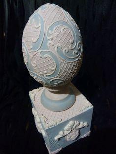 """Купить Интерьерное яйцо на постаменте """"Версаль"""" - интерьерное украшение, для дома и интерьера, подарок, к празднику, голубой Egg Crafts, Easter Crafts, Faberge Eier, Egg Shell Art, Concrete Crafts, Egg Art, Egg Decorating, My Glass, Egg Shells"""