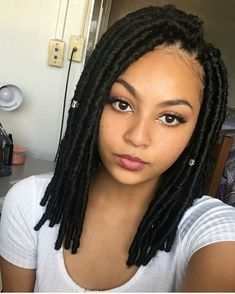 Faux locs have quickly become one of the most popular protective styles out there. While many women opt for longer lengths, short faux locs are just as chic. Box Braids Hairstyles, Hairstyles Pictures, Hairstyles 2018, Updo Hairstyle, Wedding Hairstyles, Black Girls Hairstyles, African Hairstyles, Faux Locs Styles, Flat Twist Updo