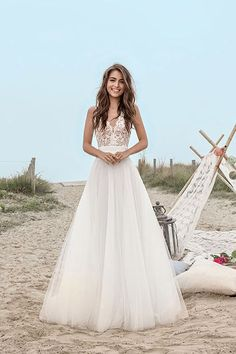Wedding Dress 2017 // beach wedding / Robes de mariée Fabienne Alagama 2017