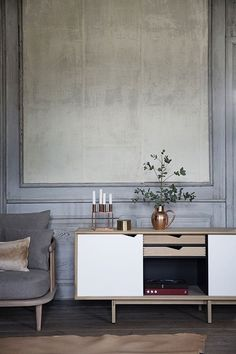 byKATO S1 Sideboard feat. fly chair. A great set-up by Kira Brandt & Elisabeth Kruse for the Danish design magazine @BO BEDRE
