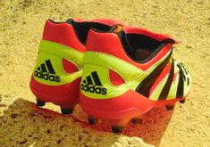 separation shoes 3dd70 4c6d9 Resultado de imagen de adidas predator 1999 Botas, Adidas Predator, David  Beckham, Zapatillas