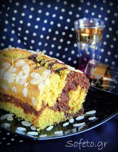Κέικ ινδοκάρυδο και σοκολάτα, με αλεύρι ζέας , χωρίς ζάχαρη , γάλα και βούτυρο. Healthy Desserts, Healthy Recipes, Healthy Breakfasts, Healthy Meals, Snack Recipes, Snacks, Cake Bars, Something Sweet, Sugar Free