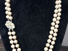 This is a gorgeous double strand faux pearl necklace from Marvella, circa 1950's.