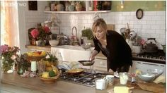 Sophie Dahl: Arnold Bennett omelette & Mozzarella bruschetta with shaved fennel and courgette Sophie Dahl, Best Cooker, Old Kitchen, Kitchen Ideas, Up House, Domestic Goddess, Beautiful Kitchens, Dream Kitchens, Recipes