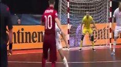 Przepiękny gol Portugalskiego futsalisty w meczu Portugalia vs Serbia • Niesamowity gol Ricardinho podczas UEFA Futsal Euro 2016 >> #football #soccer #sports #pilkanozna