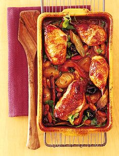 Poulet Marsala - food and more - Le Creuset - # Rice Recipes For Dinner, Tofu Recipes, Le Creuset, Sushi Chef, Chicken Marsala, Sweet Chili, Evening Meals, Food Items, Carne