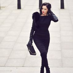 About today: A dress I designed few years ago. Classic and elegant, open back silhouette, and a shoulder piece 😘  #diva #streetstyle #londonfashionweek #streetfashion #elegant #chic #classy #fashion #woman #girlpower #love #chanel #boots #gucci #leather #chasinglifeinheels 📸@somethingforwindy