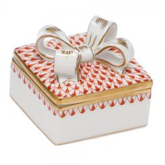 Herend Box W/bow