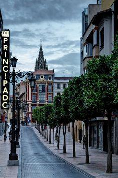Oviedo, Spain (by Carlos Cabrera)