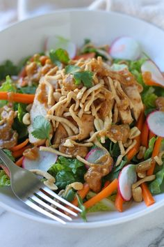 Well hello there gorgeous!! Crunchy Thai Chicken Salad with Peanut Dressing via Lauren's Latest #CRAVE #clean #healthy