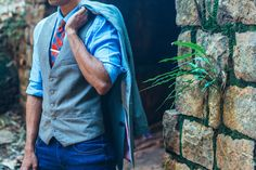 Check out this comprehensive guide on how to style your waistcoat and jeans to make sure you never make a mistake again.