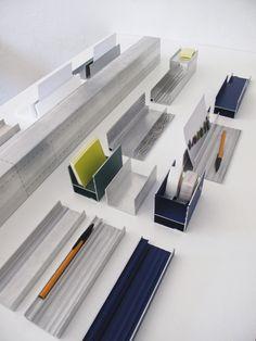 Extruded aluminium desk accessories by Pauline Deltour
