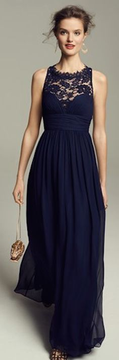 beautiful embellished lace and silk chiffon gown http://rstyle.me/n/htnbnr9te