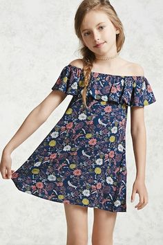 This is the kind of outfit a young boy who wished he was born a girl would enjoy wearing in school and in public. Forever 21 Girls - A woven dress featuring an allover crinkled floral print, a ruffle layer, and an elasticized off-the-shoulder neckline. Dresses Kids Girl, Kids Outfits Girls, Dresses For Teens, Girl Outfits, Fashion Outfits, Fashion Clothes, Fashion Hats, Fashion Ideas, Kids Dress Patterns