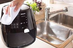 4 Everything You Should Know While Cleaning Your Air Fryer Power Air Fryer Recipes, Power Airfryer Xl Recipes, Air Fryer Recipes Breakfast, Air Fryer Recipes Beef, Power Air Fryer Xl, Air Frier Recipes, Air Fryer Review, Philips Air Fryer, Best Air Fryers