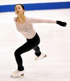 公式練習をする浅田真央=白井伸洋撮影 (2015年12月24日)
