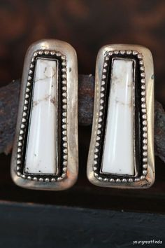 Vintage Signed Navajo 925 Sterling Silver White by Yourgreatfinds