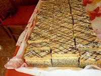 Fincsi receptek: Mákos sütemények Dairy, Cheese, Poppy, Food, France, Essen, Meals, Yemek, Poppies