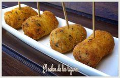 Rollitos de calabacín, queso y langostinos. Un aperitivo que sorprenderá a todos y cuya receta comparten desde el blog El Sabor de los Lugares.