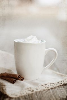 Cinnamon Dolce Latte- homemade and simple recipe
