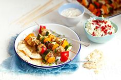 Szaszłyki z kurczaka z warzywami Potato Salad, Grilling, Potatoes, Ethnic Recipes, Food, Crickets, Potato, Essen, Meals
