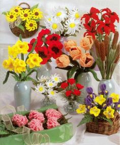 Flower Shop Crochet Patterns ༺✿ƬⱤღ http://www.pinterest.com/teretegui/✿༻